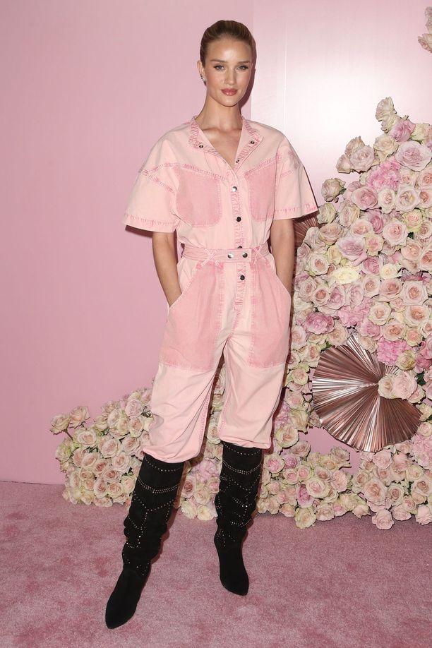 Rosie Huntington-Whiteleyn asu on Isabel Marantin mallistoa.