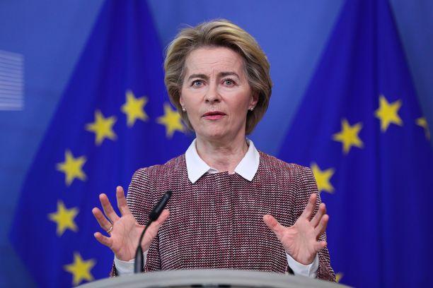 EU:n komission puheenjohtaja Ursula von der Leyen esittelee keväällä uusia ehdotuksia unionin turvapaikkapolitiikkaan.