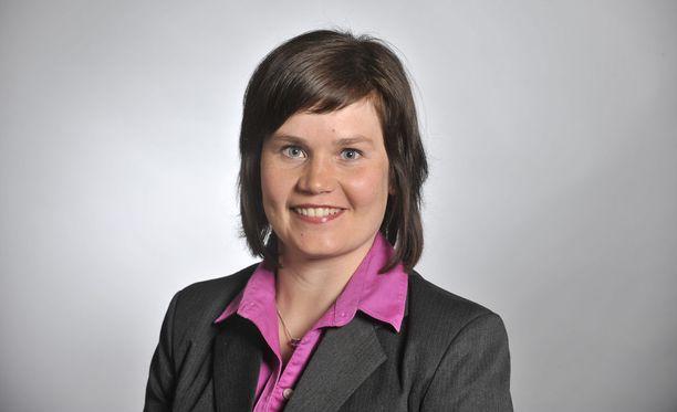 Kansanedustaja Mirja Vehkaperä siirtyy Paavo Väyrysen paikalle Euroopan parlamenttiin.