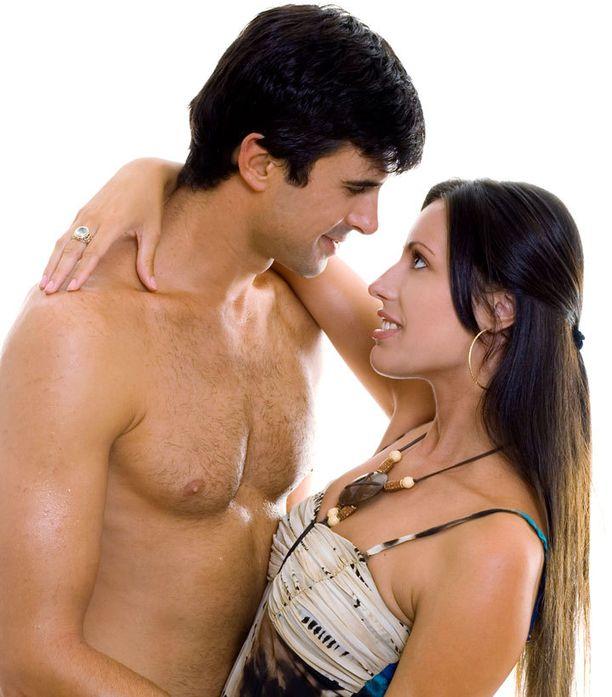 Ovulaation aikaan miehekäs, syvä-ääninen mies voi vaikuttaa vastustamattomalta.