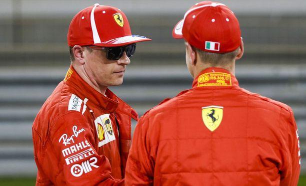 Kimi Räikkösen ja Sebastian Vettelin asemat Ferrari-tallissa puhuttavat taas.