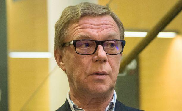 Liikemies Juha Kajo Helsingin käräjäoikeudessa 27. lokakuuta 2015.