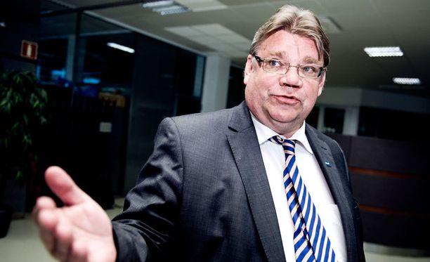 Timo Soini sanoo puolustavansa periaatteitaan viimeiseen hengenvetoon.