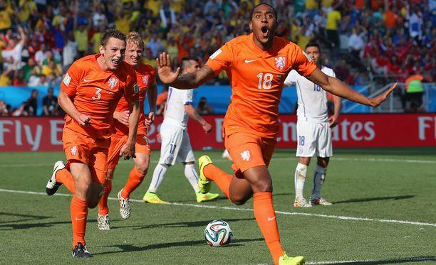 Hollanti juhli B-lohkon voittoa.