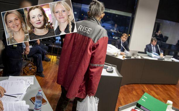 Julkkkisnaisten valokuvia nettiin levittänyt valokuvaaja saapui Varsinais-Suomen käräjäoikeuteen vankilaitoksen takissa ja muovikassi kädessään.
