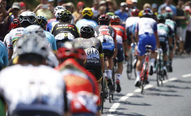 Tour de Francen 16. etappi keskeytettiin kyynelkaasun takia.