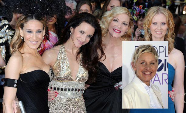 Sinkkuelämää-nelikosta Kim Cattrall (kolmas oikealta) on kieltäytynyt uusista elokuvista. Sarah Jessica Parker, Kirsten Davis ja Cynthia Nixon ovat olleet avoimia jatkolle. Ellen DeGenerestä on nyt ehdotettu uudeksi Samanthaksi.