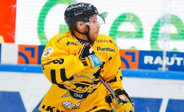 Ville Koho osoitti taistelutahtoa ja auttoi SaiPan 5-4-voittoon.