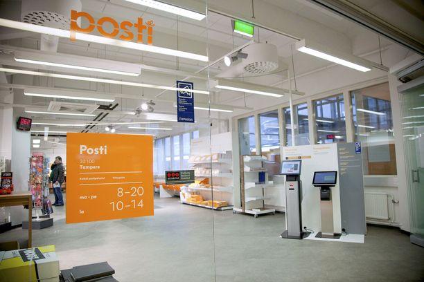 Posti kannattaisi halkaista, ehdottaa Iltalehden kolumnisti Jyrki Vesikansa.