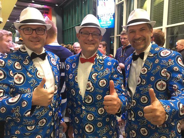 David Reid, Mike Kukelko ja Damir Stipanovic erottuvat massasta persoonallisen pukeutumistyylin ansiosta.