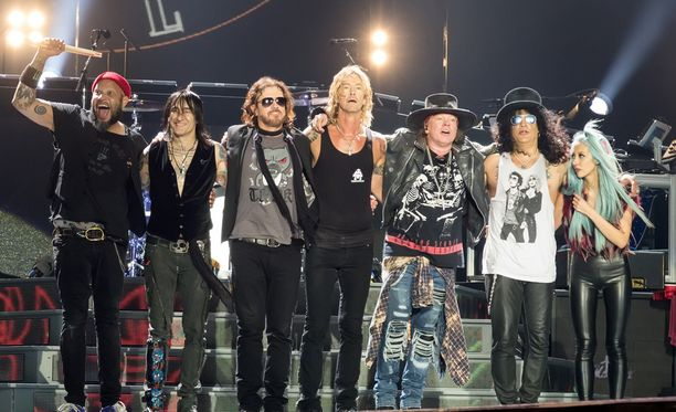 Guns N' Roses vuosimallia 2017.