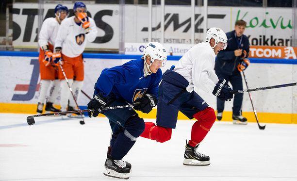 Hakametsän jäällä haettiin tosissaan virettä NHL-kautta varten.