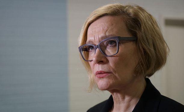 Erivapauksia tietyille kunnille on Iltalehden tietojen mukaan vaatinut Paula Risikko (kok).