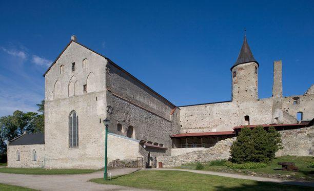 Haapsalun linnan yhteydessä on myös katedraali.