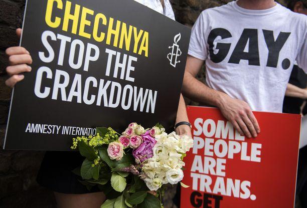 Seksuaali- ja sukupuolivähemmistöjen tilanne Tšetšeniassa huolettaa monia ihmisoikeusjärjestöjä.