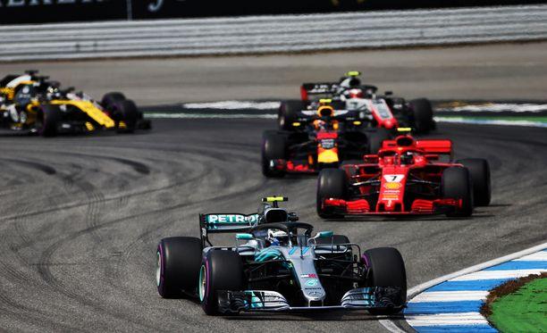 Saksan GP:stä tuli kuin tulikin tapahtumarikas.