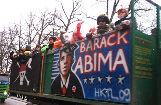BARACK ABIMA Tämän vuoden abien kylttiaiheiden suurin suosikki oli Yhdysvaltain tuore presidentti.