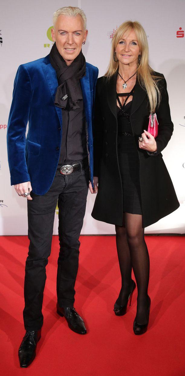 Baxxter ja tyttöystävä Nikola keväällä 2013.