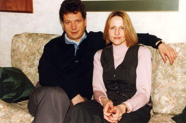 Sauli Niinistö vaimonsa Marja-Leenan kanssa vain reilu viikko Marja-Leenann kohtalokasta auto-onnettomuutta.
