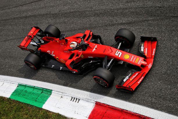 Sebastian Vettel oli Italian GP:n viimeistelyharjoitusten nopein.
