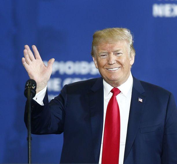 Presidentti Trump on valmis tapaamaan presidentti Putinin pian.