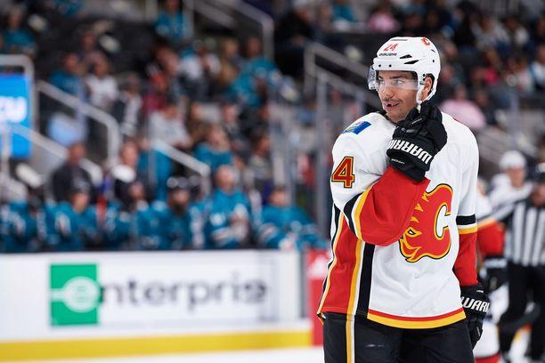 NHL-kausi alkaa ensi yönä. Calgary kohtaa Vancouverin.