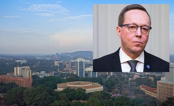 Elinkeinoministeri Mika Lintilä (kesk) pyytää Patrialta selvitystä kuvan hotellissa Kampalassa kuolleesta suomalaismiehestä.