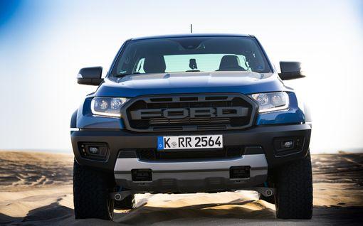Ensikoeajossa Ford Ranger Raptor – monen unelma, jonka saa myös kevyesti verotettuna