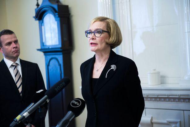 Uusi sisäministeri Paula Risikko on nyt hallituksen kokenein ministeri.