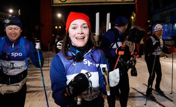 Brita Zackari hiihti Vasaloppetin vajaassa 12 tunnissa.