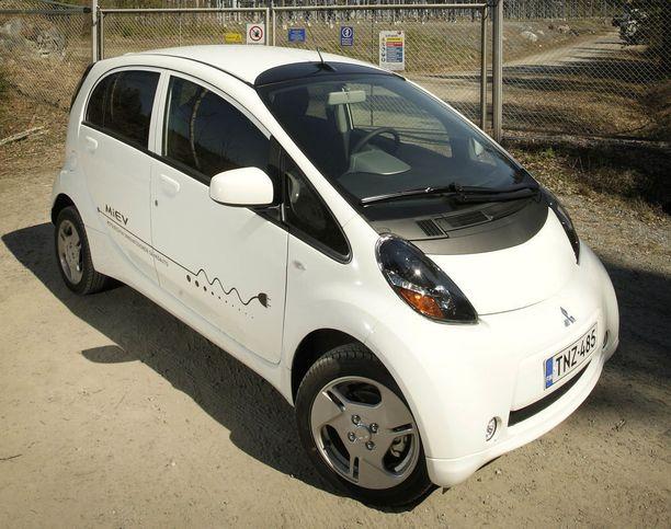 Halvin löytämämme käytetty täyssähköauto oli Mitsubishi iMiEV.