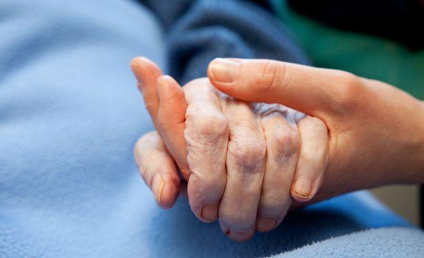 Vanhuksen henkeä ei enää pystytty pelastamaan sairaalassa. Symbolikuva.