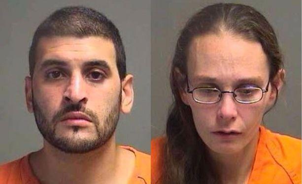 Arturo Novoa ja Katrina Layton ovat molemmat vangittuina.