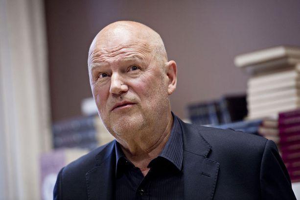 - Hieno mies, mukava kaveri ja hyvä ystävä, summaa kiekkolegenda Juha Rantasila ajatuksiaan Niklas Herlinistä.