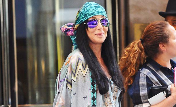 Cher teki lahjoituksen Flintin kaupungille, joka kärsii saastuneesta vesijohtovedestä.