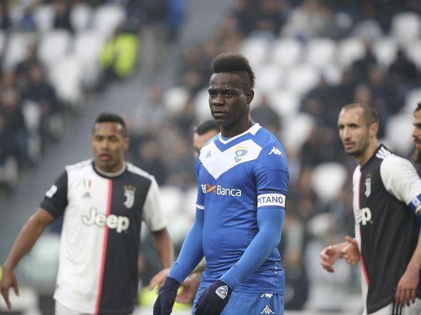 Balotelli on tykittänyt tällä kaudella Brescialle 5 maalia.