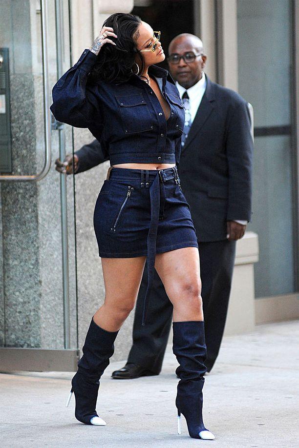 Aikaisemmin tänä vuonna julkisuudessa pohdittiin, onko Rihannan paino noussut. Tähti itse ei ole piitannut moisista puheista.