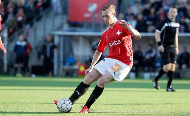 Mikael Forssell pelaa Stadin derbyssä.