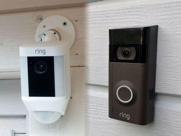 Vasemmalla Spotlight Cam Battery ja oikealla Video Doorbell 2.