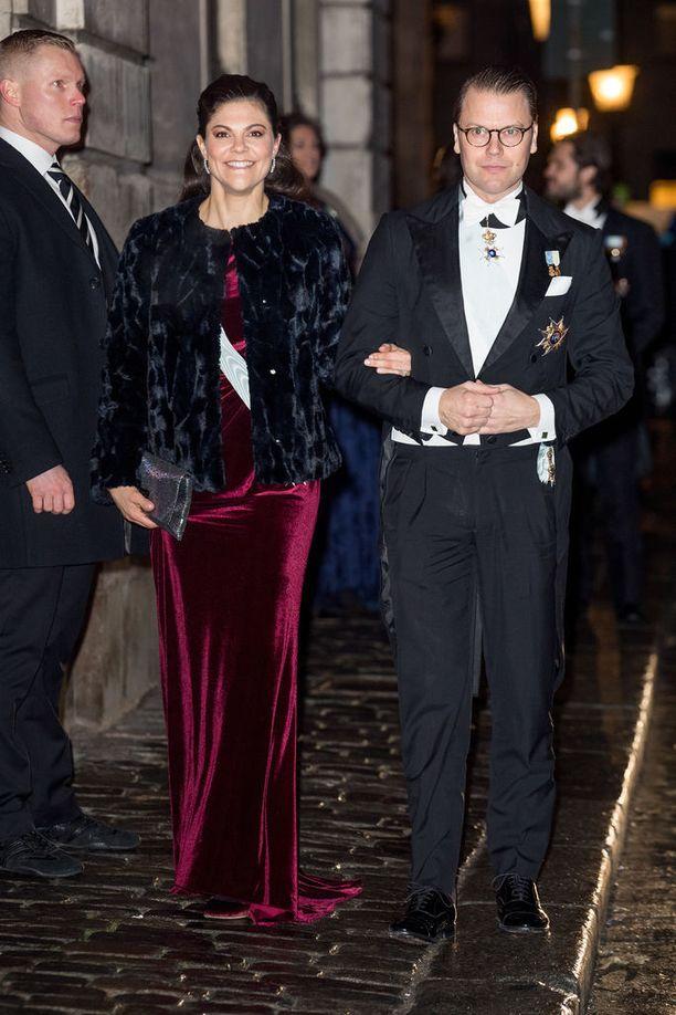 Ruotsin kruununprinsessa Victoria, 40, on kahden lapsen äiti. Pariskunnan tytär Estelle on 5 ja poika Oscar on vuoden.