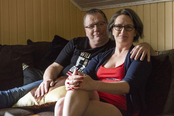 Tiia ja Jouni Forsström myyvät seksiä, yhdessä ja erikseen.
