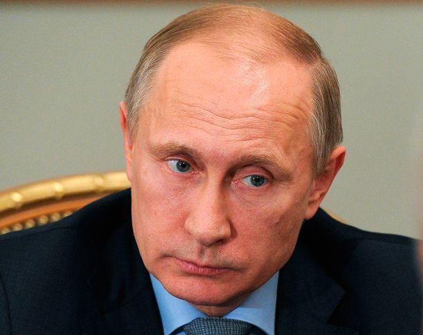 Venäjän presidentti kertoo uudessa dokumentissa Krimin miehitystä edeltäneestä kokouksesta.