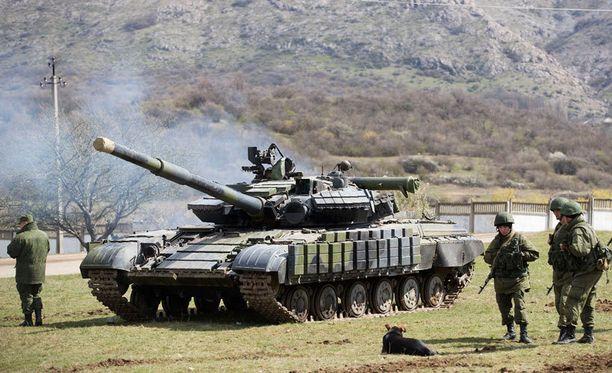 Venäläisiä joukkoja Krimin Simferopolin liepeillä maaliskuun lopussa.