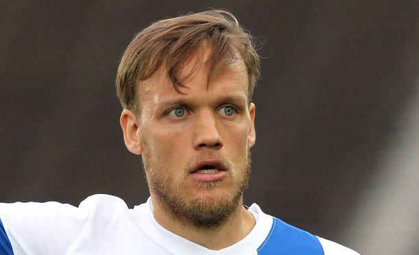 Mika Väyrynen vaihtaa Helsingin IFK:n paitaan.