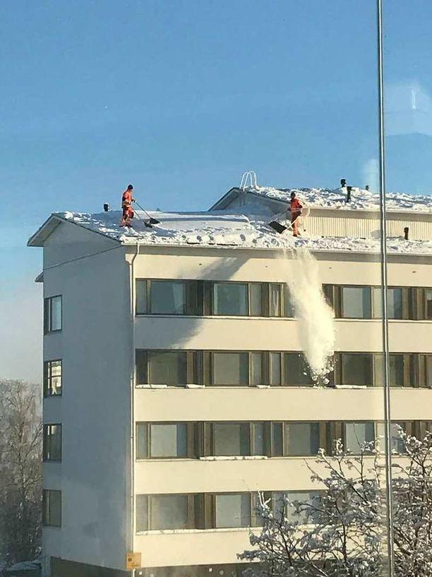 Lumenpudottajien touhu näyttää melkoisen riskialttiilta.
