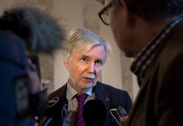 Erkki Tuomioja mukaan Suomella ei ole myöskään sellaista tietoa, jonka perusteella lunnaiden maksun voisi sulkea pois.
