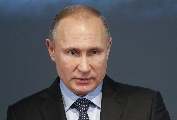 Yhdysvallat on nyt määritellyt Putinin sisäpiirin. Listalla on yli 200 liikemiestä ja poliitikkoa.
