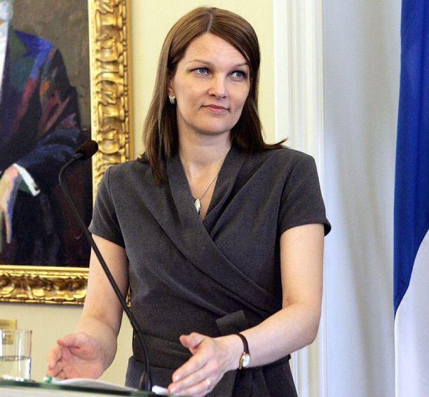 Kiviniemi kommentoi muuttoaan Tallinasta, jossa hän tapasi Viron johtoa keskiviikkona.