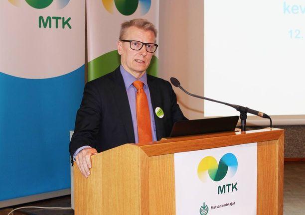 Kimmo Tiilikainen on maatalous- ja ympäristöministeri.