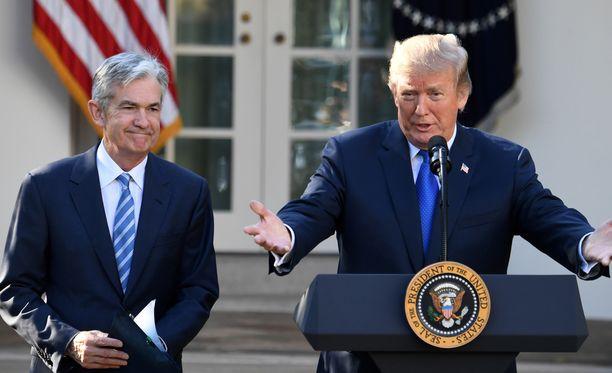 Presidentti Donald Trump ilmoitti torstaina nimittäneensä Fedin johtoon Jerome Powellin.